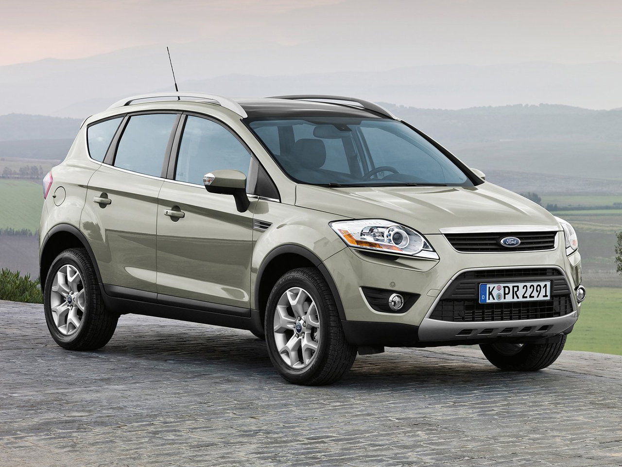 ford kuga 2008 nuevos pruebas actualidad y ofertas. Black Bedroom Furniture Sets. Home Design Ideas