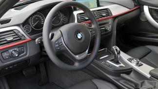 BMW Serie 3 Berlina 2012 318d xDrive - 3