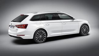 Škoda Superb Combi 2017 1.4 TSI 150CV Ambition - 2