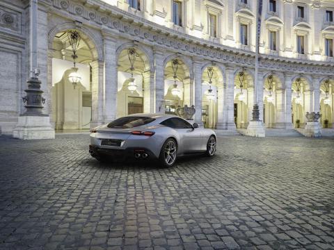 Ferrari Roma trasera