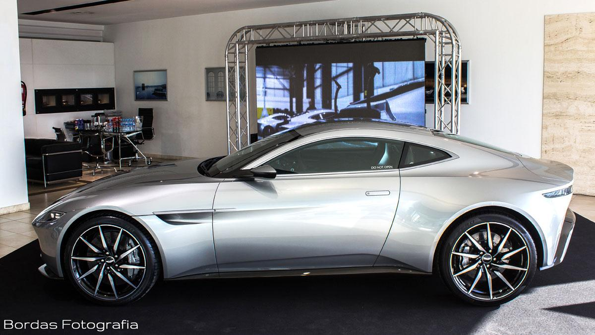 Aston Martin DB10 en Cars Gallery