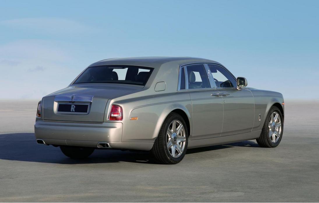 Rolls-Royce Phantom 2003 6.7 V12 - 0