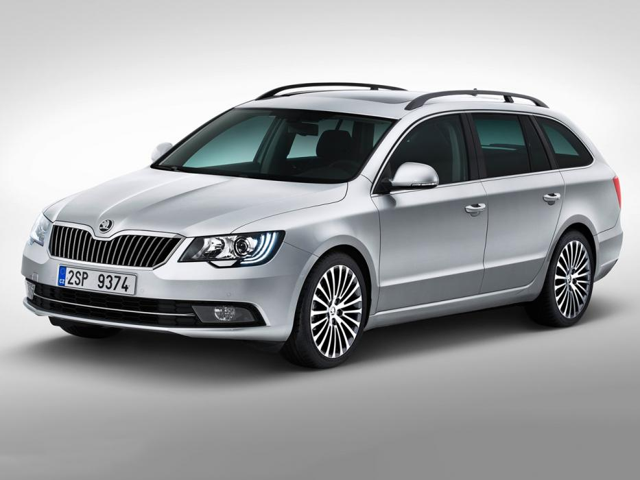 Škoda Superb Combi 2015 2.0 TDI 190CV Ambition - 0