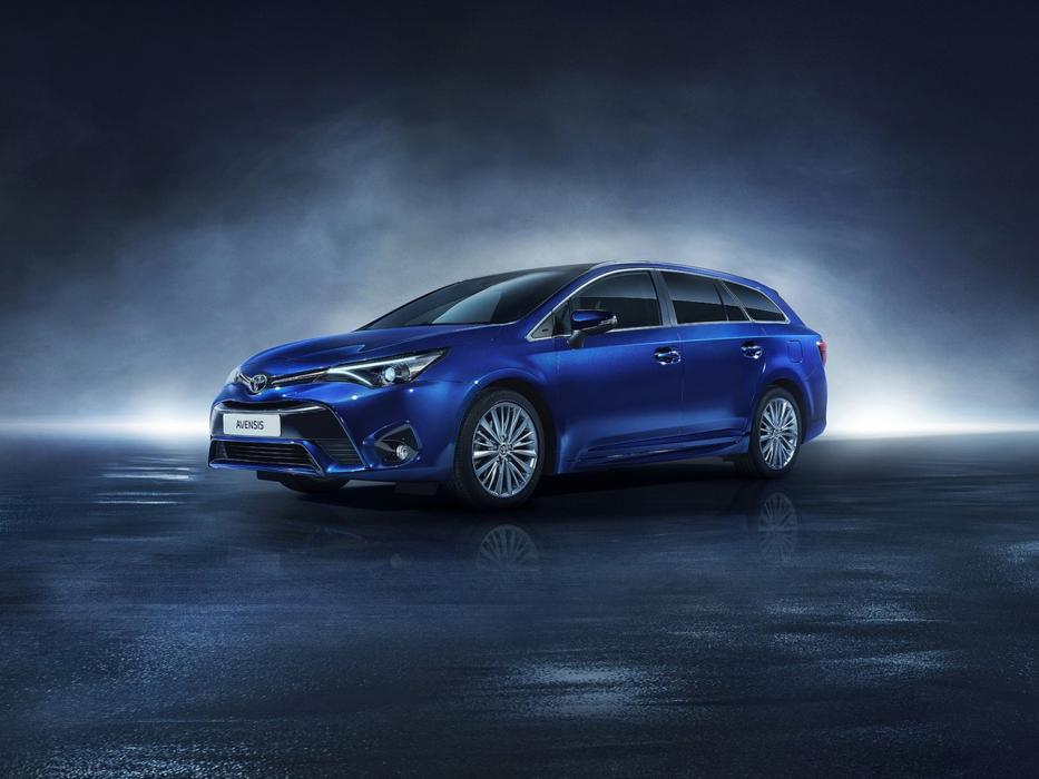 Toyota Avensis Touring Sports 2016 - 0